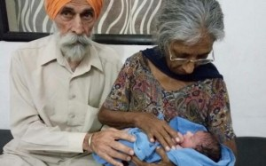 world's oldest mother at 70